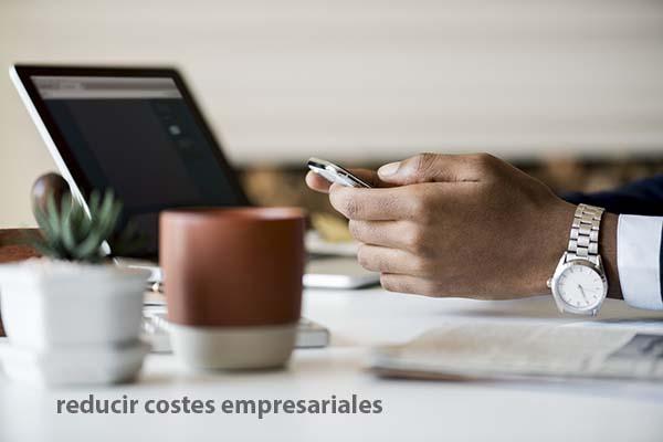 Conoce tus costes fijos para poder reducirlos facturas de gastos mensuales pagar menos a final de mes